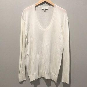 White and Warren Crewneck Cashmere blend sweater